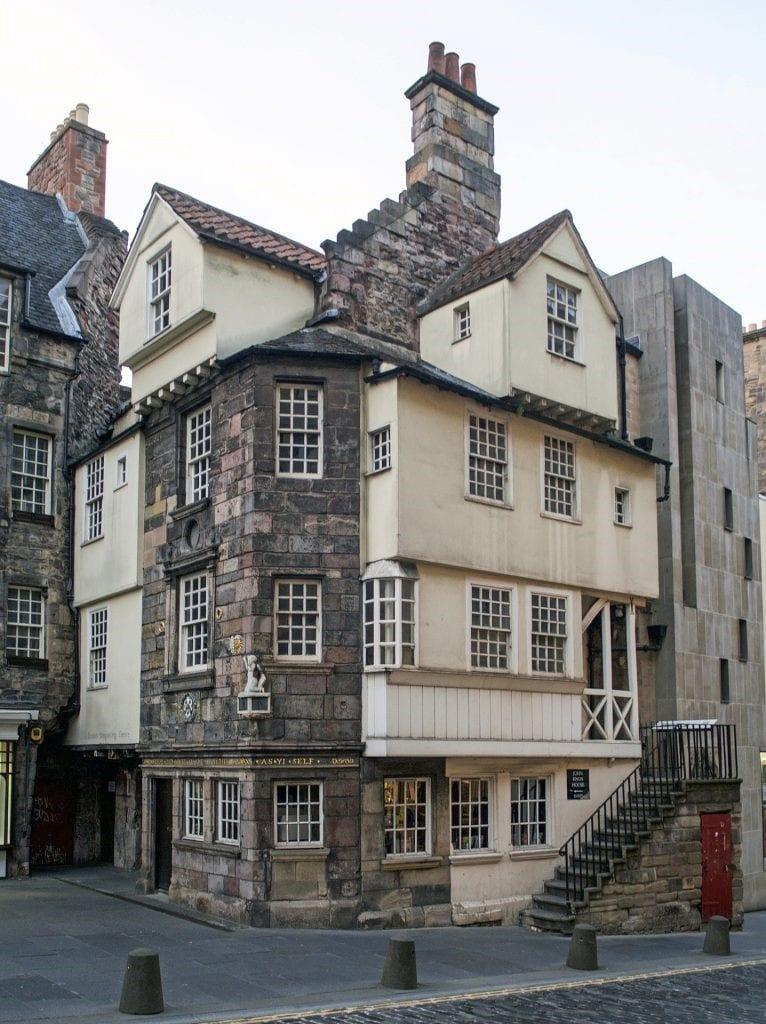 Royal Mile, Edinburgh, Old House
