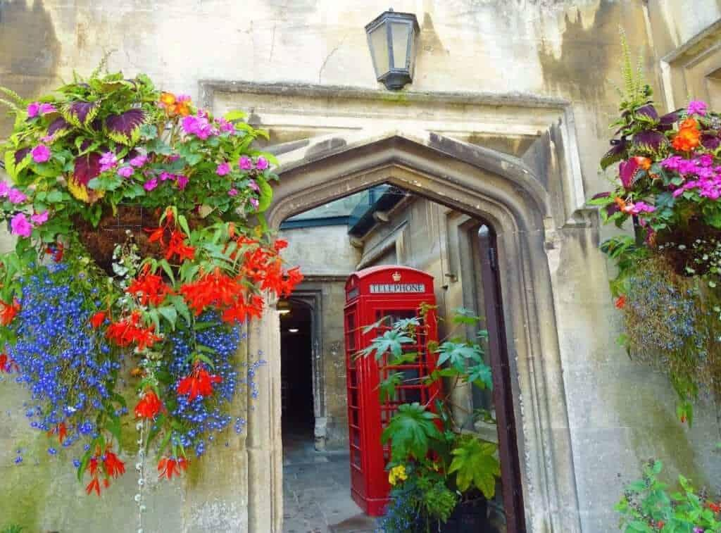 oxford phone box, day trips from exeter