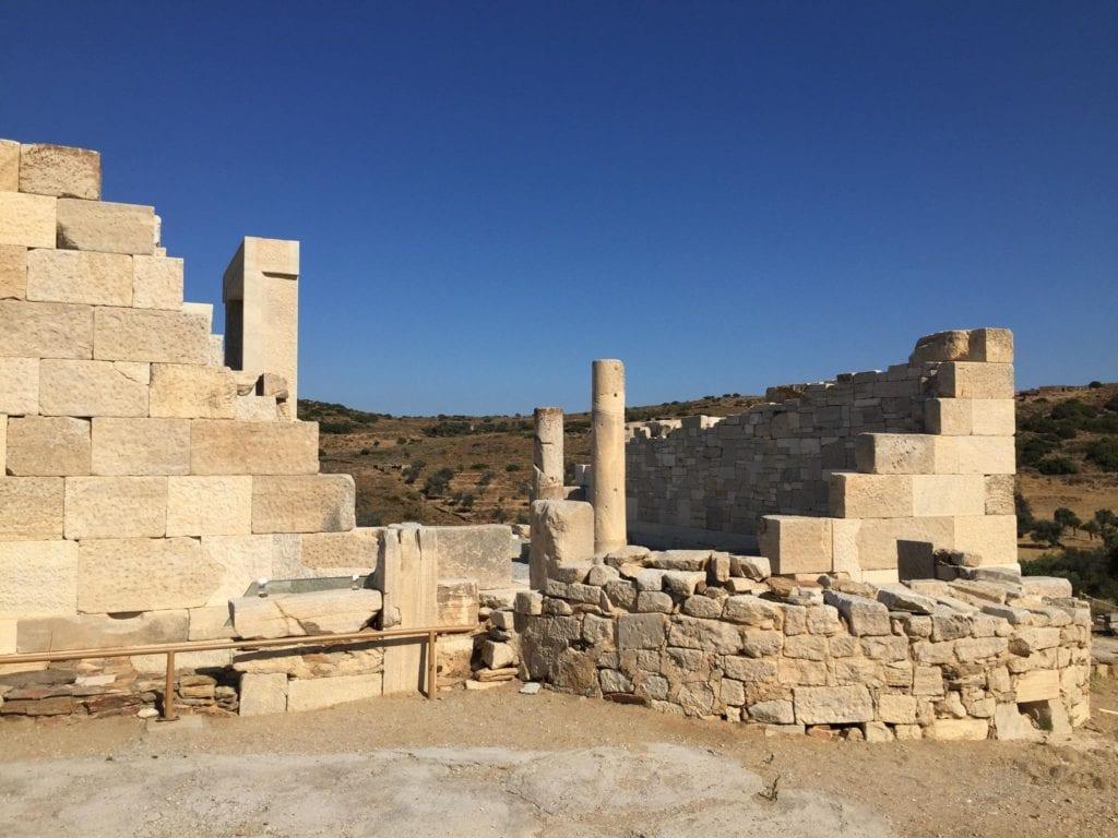 prehistoric acropolis of naxos
