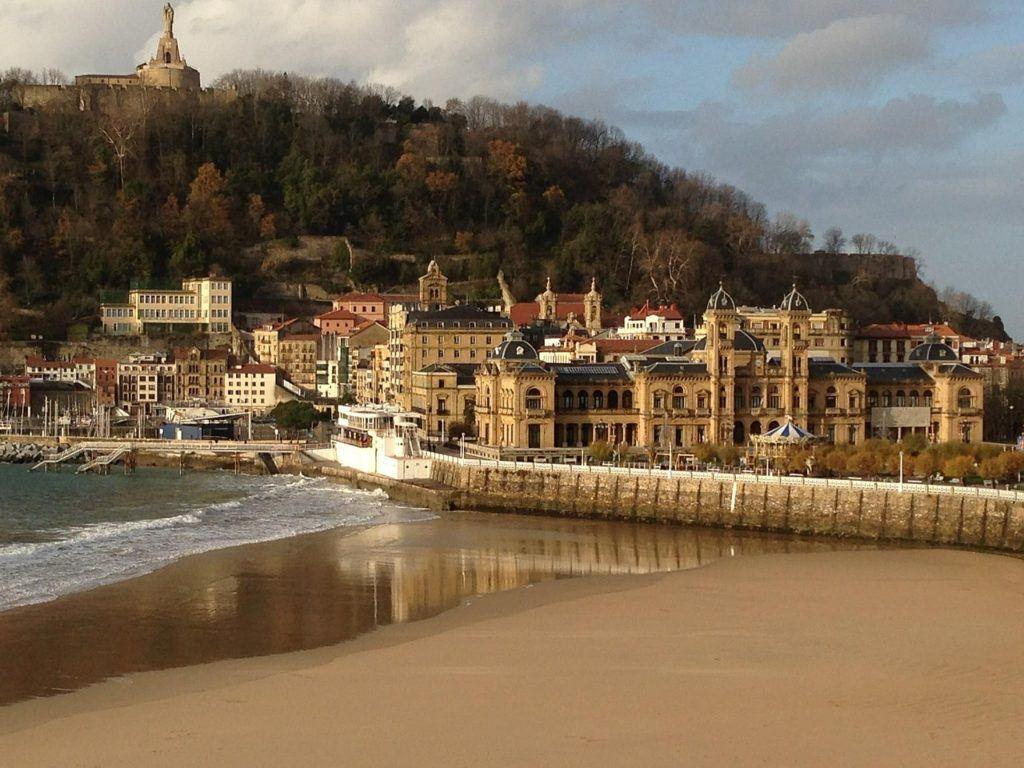 san sebastian, spain, travel,  spanish coastline, spain with kids, best coastal cities in spain.