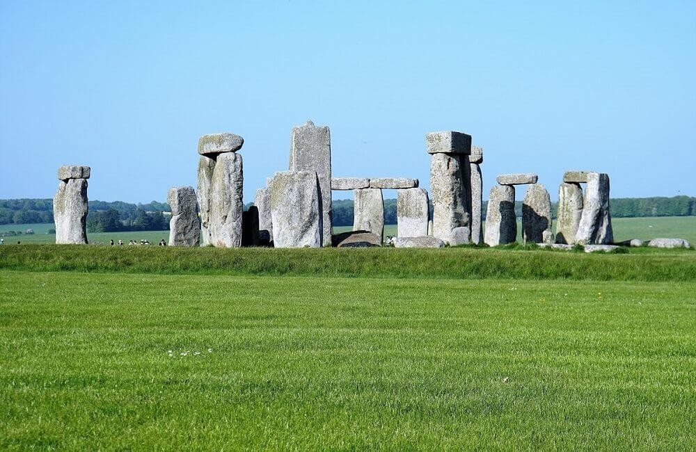 days out near bristol with kids, coach ttips from Bristol, Stonehenge
