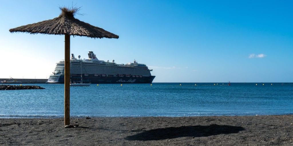 La Gomera, Canary islands with kids, Playa San Sebastian, beach