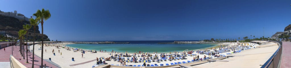 best family beaches in the canary islands, playa de adamores beach
