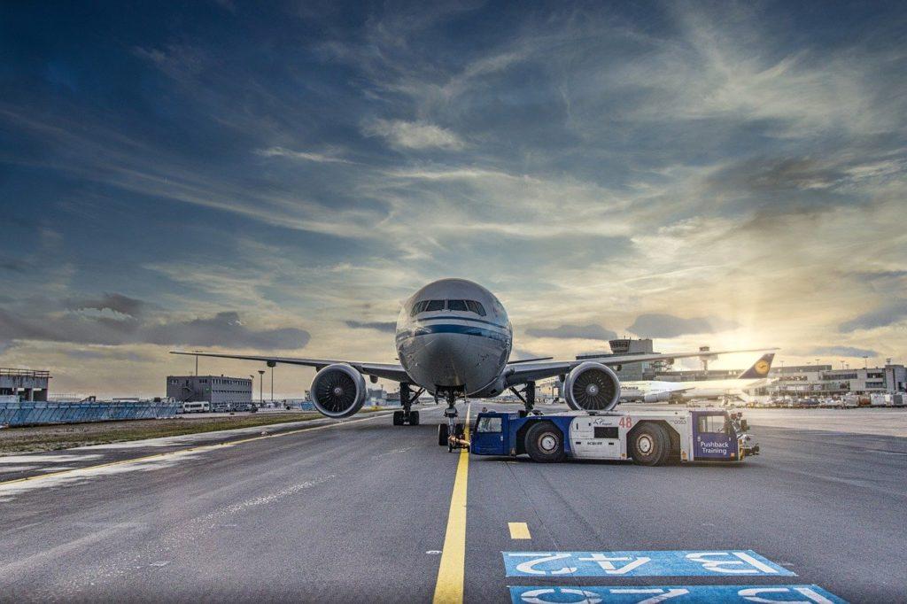 airplane, runway, airport-4974678.jpg